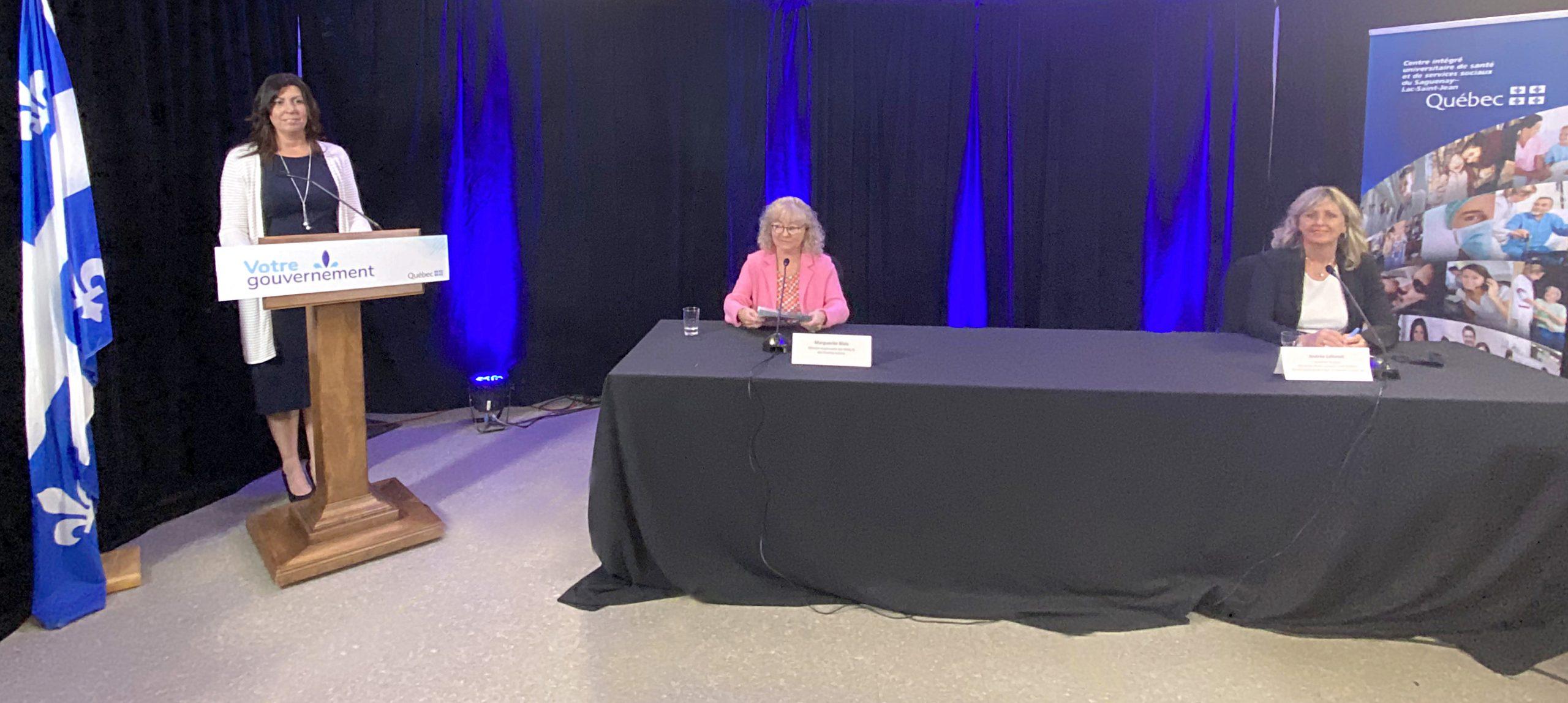 Les ministres Marguerite Blais et Andrée Laforest annoncent la construction d'une maison des aînés et alternative à Saguenay